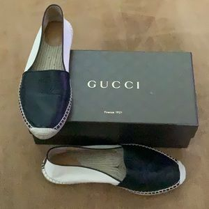 Gucci flats with dust bag and original box